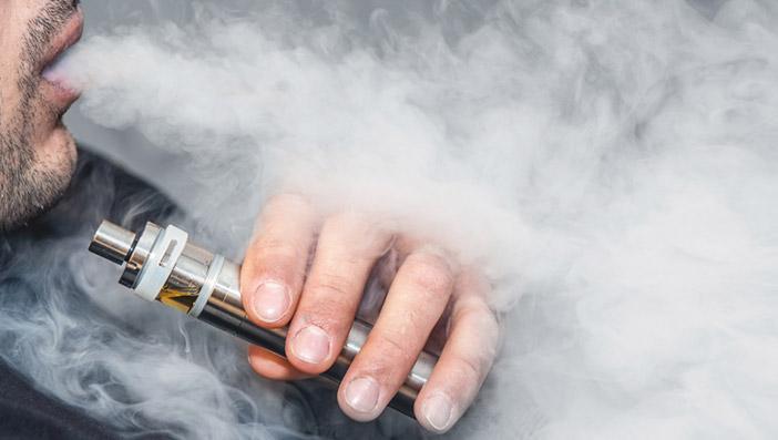 電子タバコの副流煙に害はある?煙の成分など