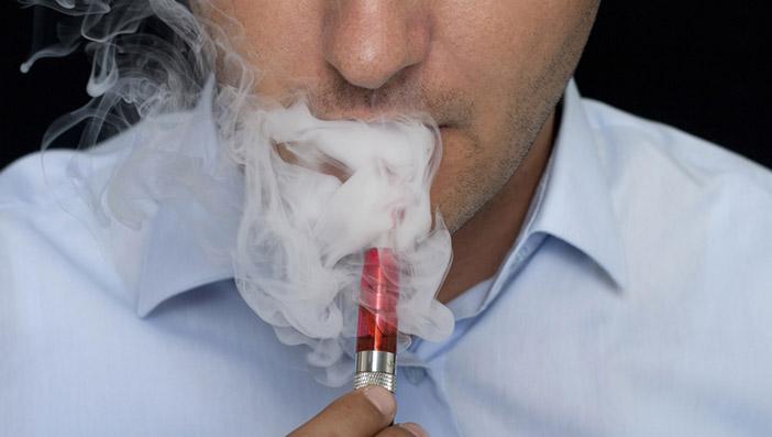 煙の量で電子タバコを選ぶ人は珍しくない